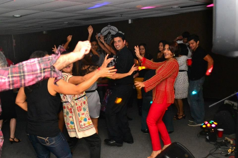 Picture 14060 of Autumn At Apna Punjab With Live Bollywood